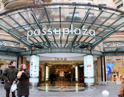 reference_YXIME_Galerie_commerciale_Passy_Plaza_Paris75_Eurocommercial_Properties_creditphoto_Josephine_Ory